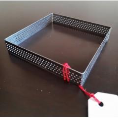 Cintura cuadrada perforada 12x12x2